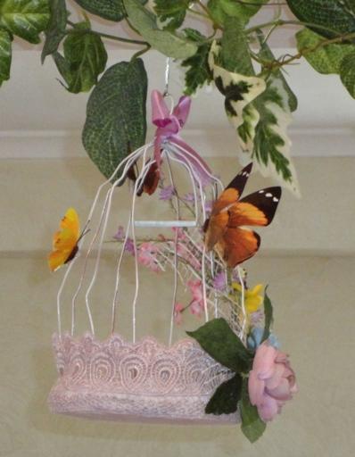 декоративная птичья клетка - хороший декор на Пасху