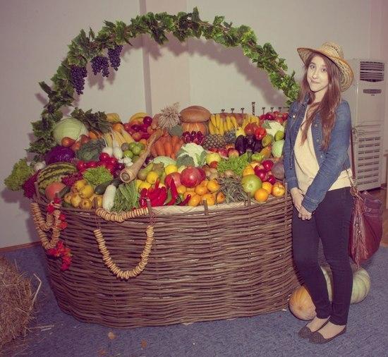 жатва и украшения в церкви