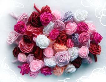 Рукоделие - как сделать розу из шелковой ленты