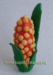 кукуруза из пластилина